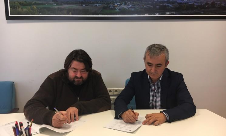 Formalización del contrato para la implantación de la nueva climatización en Geolit
