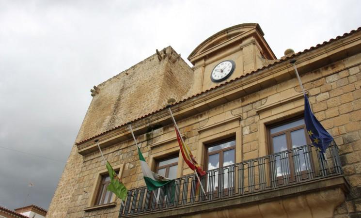El Ayuntamiento de Mengíbar prepara un decreto de emergencia para actuar en solares susceptibles de incendios
