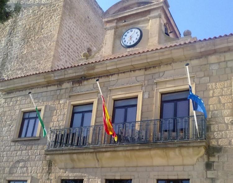 La presentación de solicitudes para la plaza del encargado de obras del Ayuntamiento de Mengíbar, desde el 4 de abril