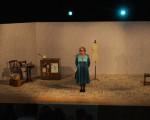 La AECC recauda 768 euros con las entradas de la obra de Rosario Pardo