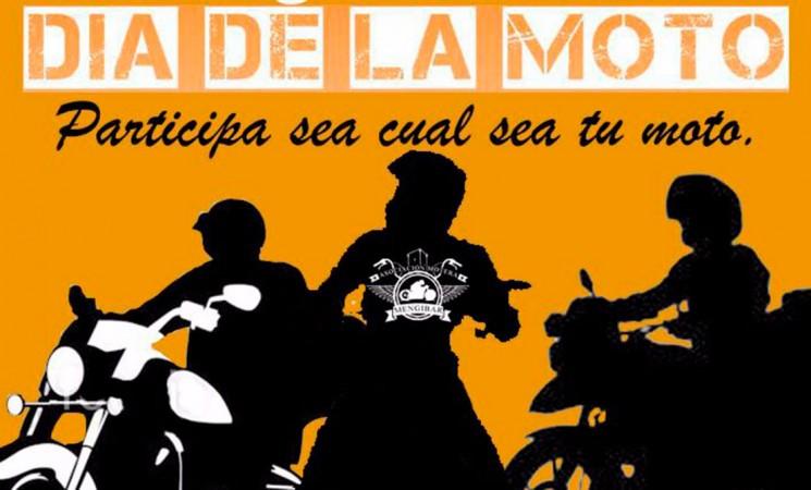 Ruta por la seguridad vial desde Mengíbar en el Día de la Moto