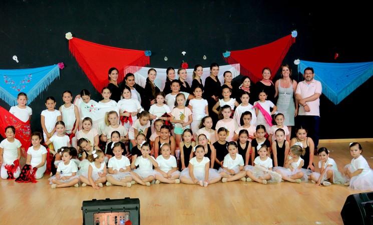 Espectáculo de baile para despedir el curso de Sueños Flamencos