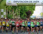 Fiesta del atletismo en la XXIV Carrera Urbana Ciudad de Mengíbar