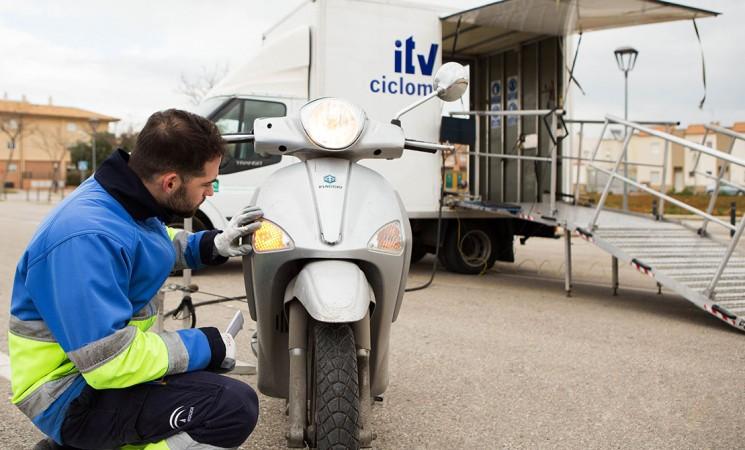 ITV móvil para ciclomotores en Mengíbar el 6 de marzo de 2019