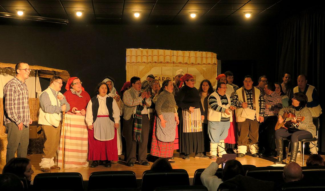 El Centro Ocupacional de Mengíbar anticipa la Navidad con un teatro ...