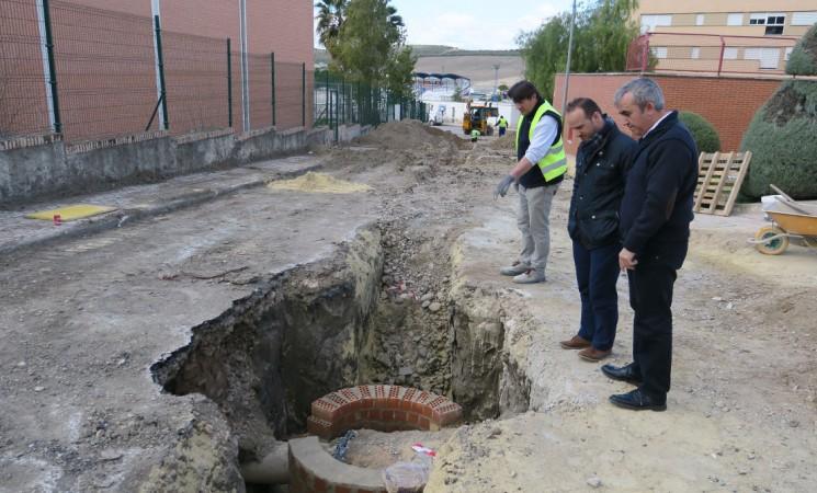 Primera fase del arreglo integral de la calle Pretel de Gámez de Mengíbar
