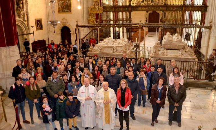 Mengibareños visitan la Capilla Real y la Catedral de Granada por el Noviembre Cultural