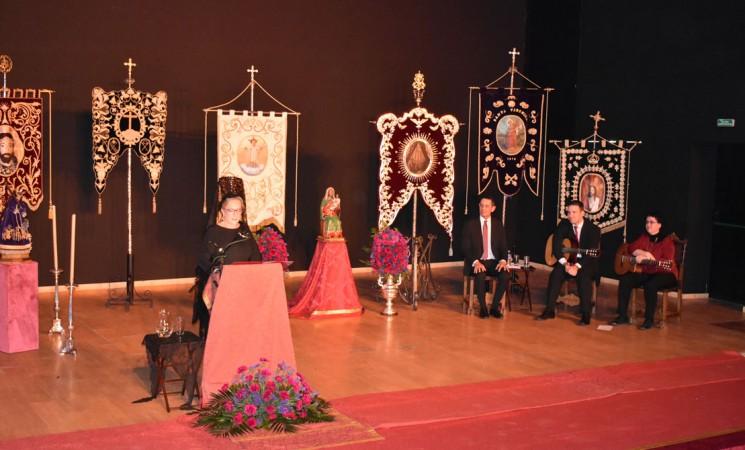María José Beltrán Lillo emociona con su pregón de la Semana Santa de Mengíbar 2019