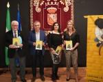 Presentación del libro 'Tírale que ze ríe', de Maribel García Santiago, en la Casa de la Cultura de Mengíbar