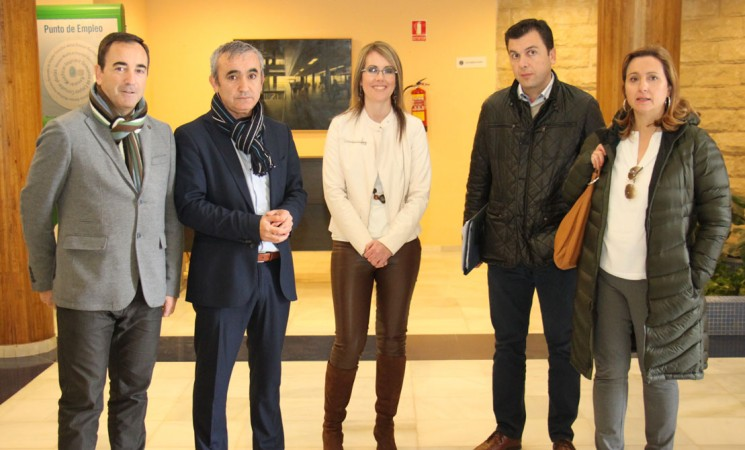 El Ayuntamiento y la Junta acuerdan el traslado del CADE