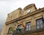 """Banderas a media asta en el Ayuntamiento de Mengíbar por el """"criminal atentado"""" de Londres"""
