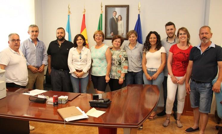 La asociación de discapacitados de Mijas visita el Ayuntamiento de Mengíbar