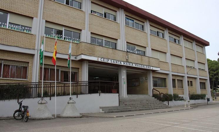 El Ayuntamiento de Mengíbar intermedia para las aulas matinales del Manuel de la Chica y el Santa María Magdalena