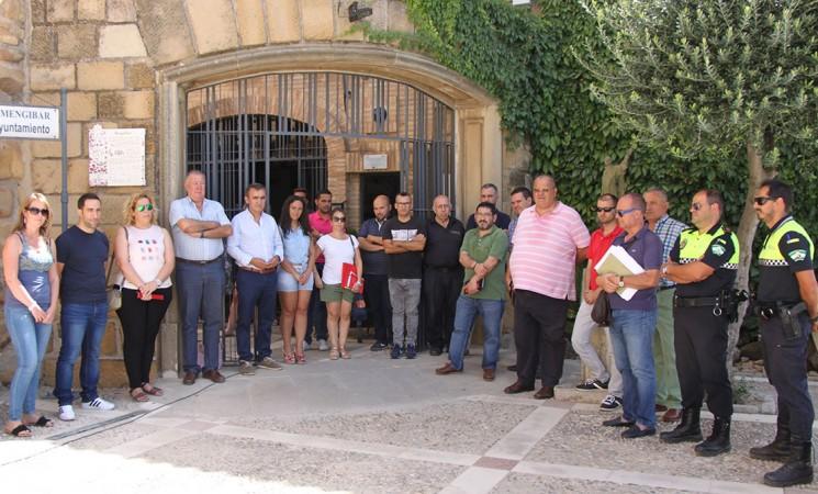 Minuto de silencio en el Ayuntamiento de Mengíbar en recuerdo a Miguel Ángel Blanco