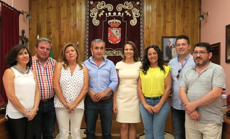 La delegada del Gobierno andaluz, recibida en el Ayuntamiento de Mengíbar