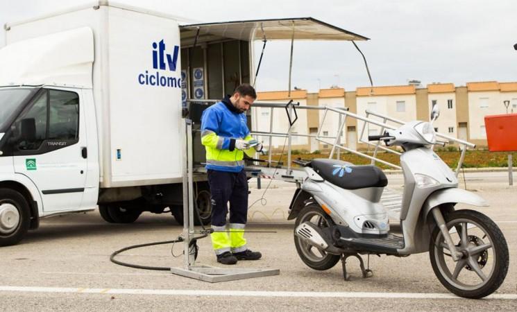 ITV móvil para ciclomotores en Mengíbar el 9 de abril de 2019