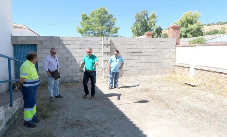 El Ayuntamiento de Mengíbar cederá espacio para la protectora de animales Dreyaa