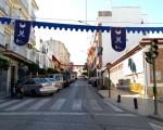 Aviso del corte de tráfico en la Calle Real con motivo del Mercado Medieval de Mengíbar