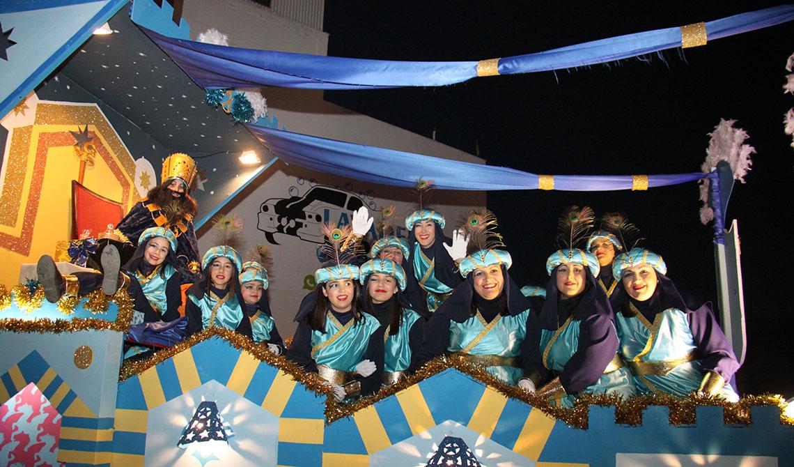 Carrozas De Reyes Magos Fotos.Los Reyes Magos Llegaran A Mengibar Con Una Cabalgata De