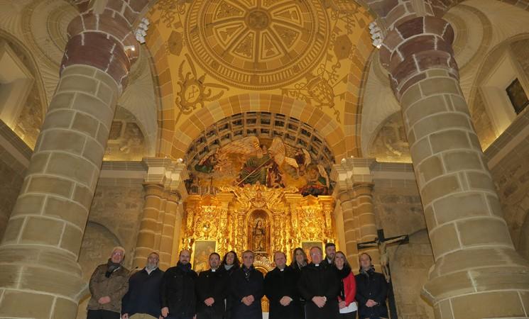 La cúpula de la Parroquia San Pedro Apóstol de Mengíbar recupera su esplendor