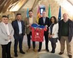 El presidente de la Liga Nacional de Fútbol Sala visita Mengíbar