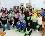 El Centro Ocupacional de Mengíbar se pone el lazo rosa por el Día del Cáncer de Mama