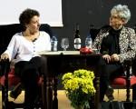 María Zafra Criado presenta 'Sophie', la segunda parte de 'Los hilos del pasado' en el Auditorio de Mengíbar