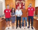 El Ayuntamiento de Mengíbar muestra su apoyo al Software Delsol Mengíbar FS en el arranque de la nueva temporada