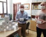 Coronavirus: Veinte routers para que menores de familias de Mengíbar sin medios tecnológicos puedan seguir el curso académico
