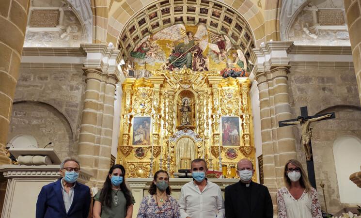 El Ayuntamiento de Mengíbar sufraga la restauración del arco presbiterio de la iglesia parroquial de San Pedro Apóstol